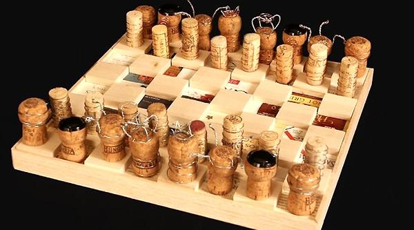 Reciclar corchos para hacer un ajedrez