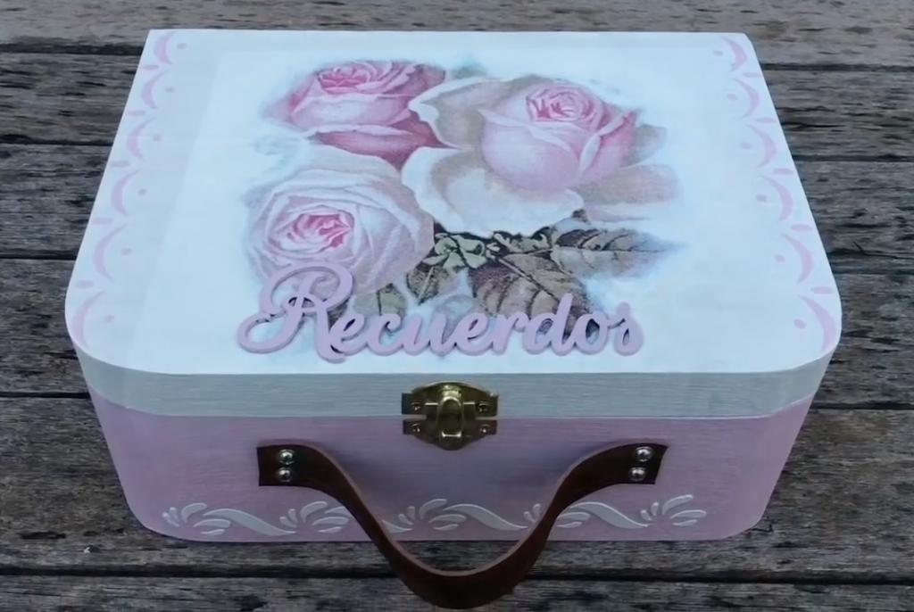 Ideas para decorar muebles y cajas con decoupage - Cajas de fresas decoradas paso a paso ...