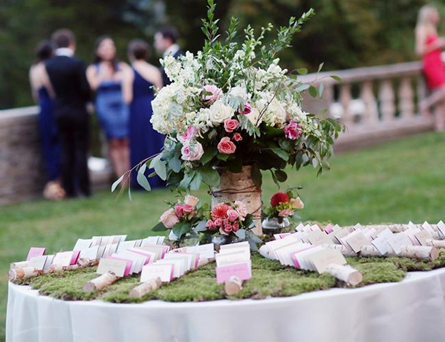 Centro de Flores para una Boda en el Jardin